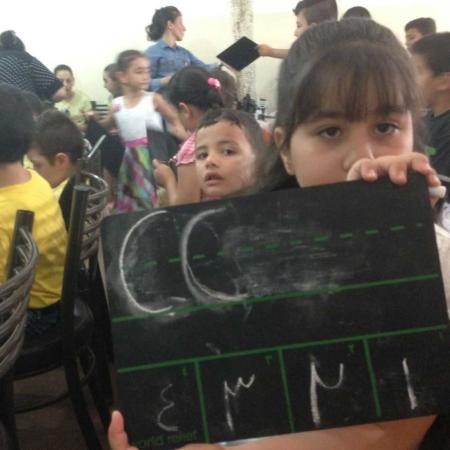 Mit unseren Tafeln lernen Kinder lesen und schreiben