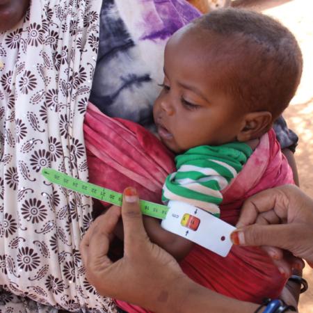 Körpermaße der Kinder beobachten um den Gesundheitsstatus zu verfolgen