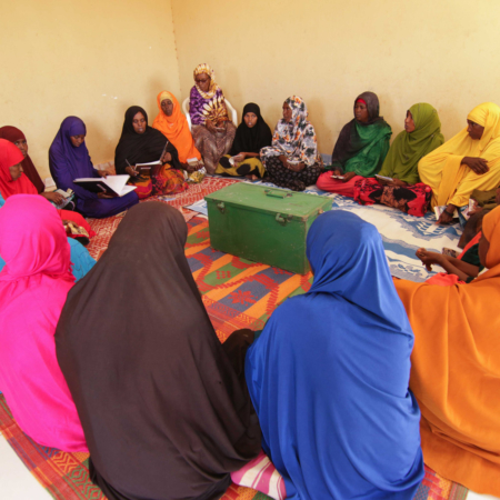 Frauen bei der Selbsthilfegruppe in Ostafrika