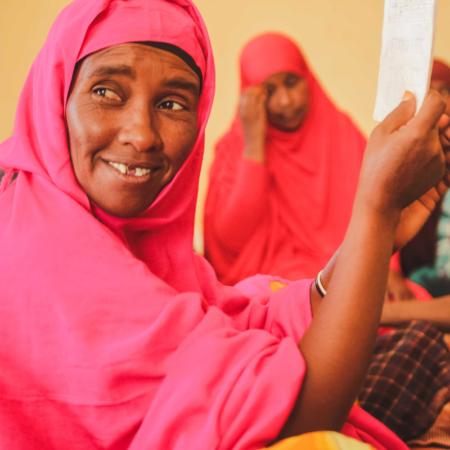 Unterstützen Sie unsere Organisation, um Frauen in Ostafrika zu helfen