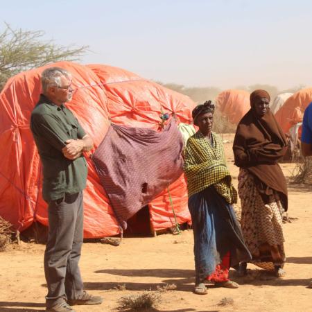 Unser Mitarbeiter Myron in Ostafrika, um sich ein Bild von der Dürresituation zu machentafrika