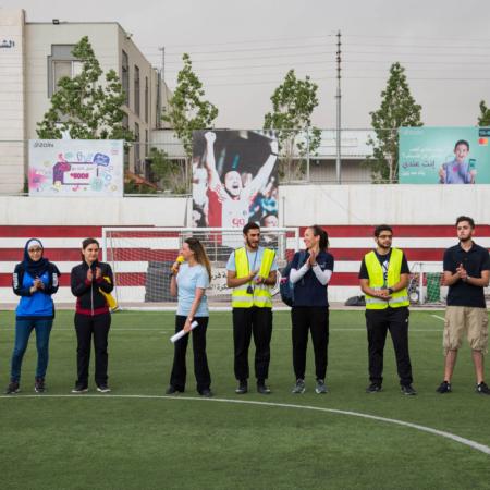 Feier der Gewinnermannschaft des Mädchen-Fußballturniers