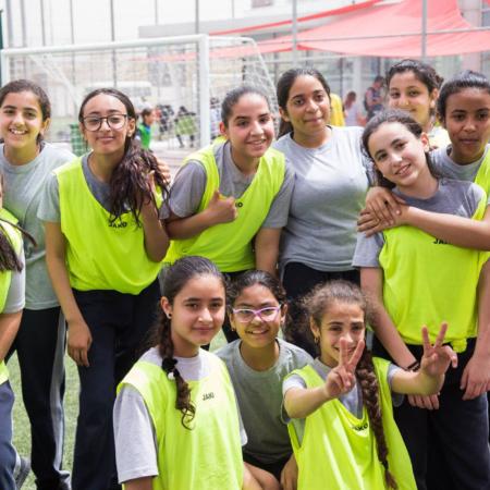 Gruppenbild nach einem Sieg bei einem Fußballturnier, Jordanien