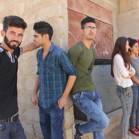 Starke Gemeinschaft: junge Erwachsene im Irak