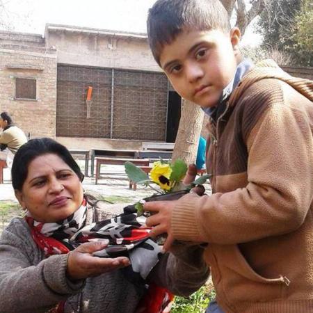 Aktion: Blumen pflanzen mit Kindern