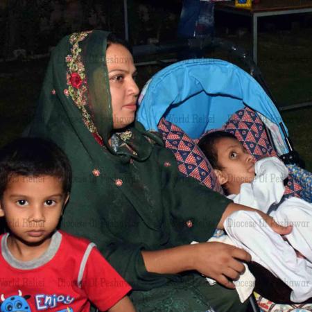 Hilfe in Pakistan durch Schulungen für Eltern mit behinderten Kindern