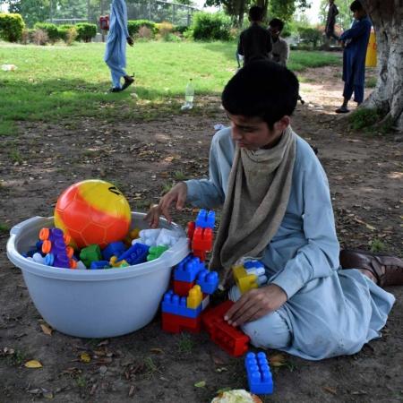 Spielsachen für Kinder: Hilfe für Pakistan