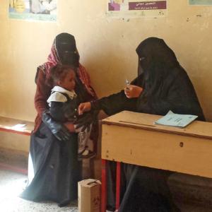 Hilfe im Jemen: Beratung zu Gesundheit und Impfung von Familien