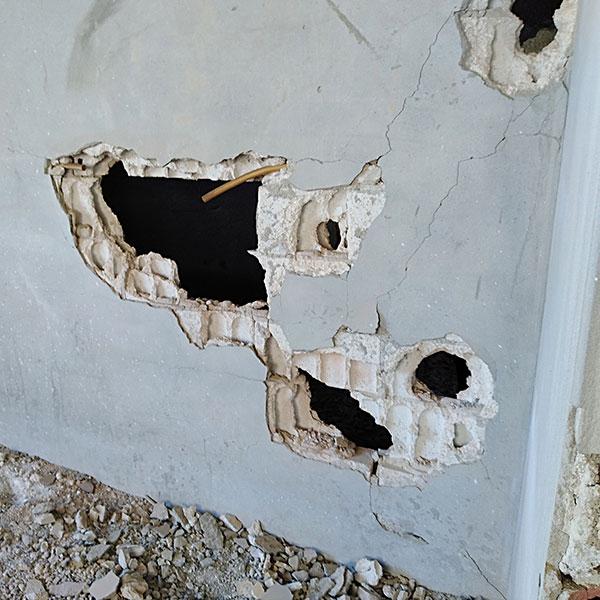 Wiederaufbau in Syrien - Einschusslöcher