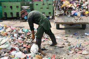 Frieden in Pakistan - Müllbeseitigung